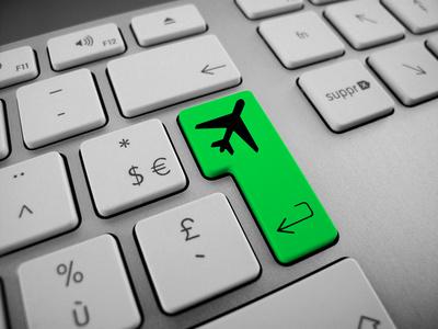 Blog etourisme : ceux quil faut suivre image avion clavier