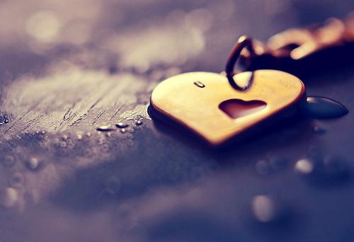 Coeur facebook, smileys, tout savoir sur les émoticônes des réseaux sociaux !  8049537623 a039becd6b