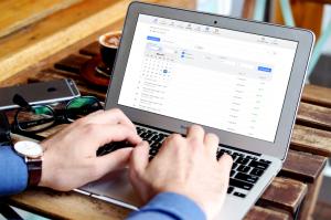 Les avantages d'un logiciel de facturation en ligne Article les avantages dun logiciel de facturation en ligne 30 06 17 Neocamino 300x199